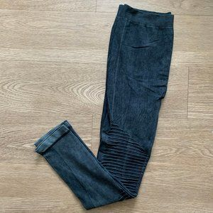 NWT Ultra Flirt Teal Black Wash Moto Leggings